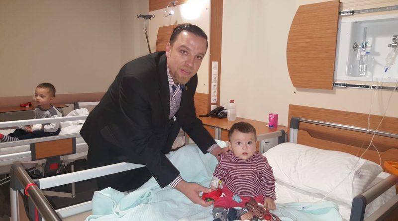 ADD Yeni yılda hastaları ve sağlık personelini unutmadı.
